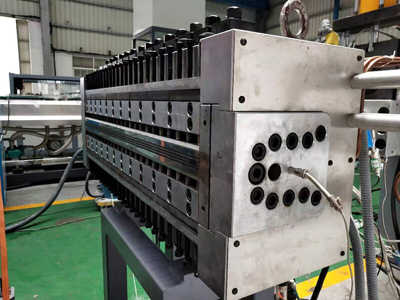 pp hollow construction formwork extrusion die